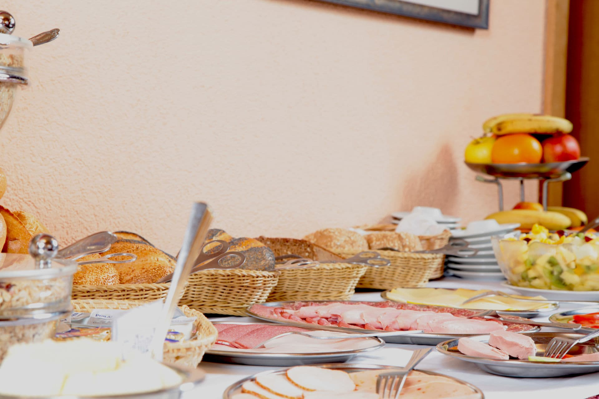 Buffet im Frühstücksraum